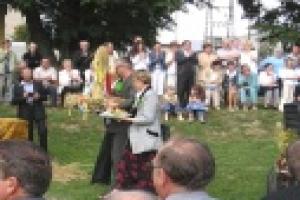 Dożynki gminno - powiatowe RYCHTAL 2004