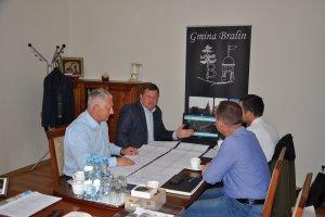 Prace nad projektem przebudowy drogi powiatowej 56