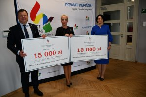 Stypendia Wyższej Szkoły Handlu i Usług w Pozna