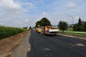 Prace w obrębie drogi powiatowej Laski - Trzcinic