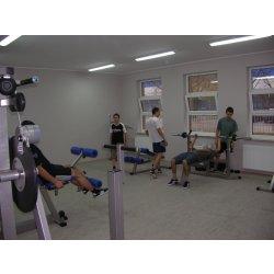 Zdjęcie uczniów na siłowni
